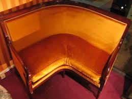 restauration canapé canapé d angle en acajou epoque restauration xixe siècle n 43269