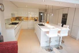 White Island Kitchen Handleless White Gloss Kitchen