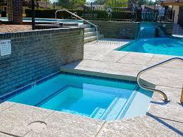 charmingtownhome exceptional amenities split floorplan lovely ne