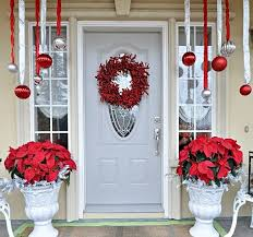 Christmas Decorations For Outdoor Urns by Holiday Decorating Ideas For Your Entryway Mod Interiors