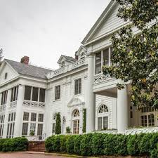 large mansions living large b b mansions boast glamour and charm