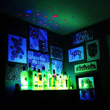 blacklight room u003c u003c u003c that would be so awesome home
