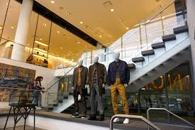 yorkdale expansion pivots mall towards experiential retail