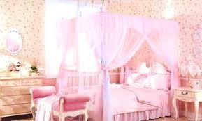 chambre baroque fille chambre bebe style baroque lit simple de style pour bacbac en bois