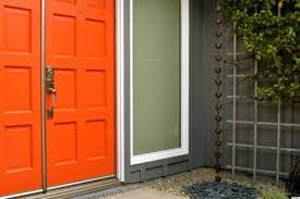 painted front doors on red brick houses with do changing door