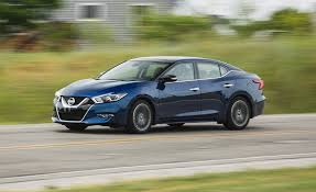 new nissan maxima 2018 nissan maxima in depth model review car and driver