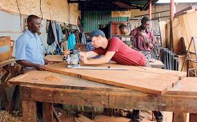 Woodworking Shows 2013 Minnesota by Help Desk Furniture In Uganda Building Furniture Schools