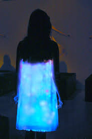 file led dress by hussein chalayan 2 jpg wikimedia commons