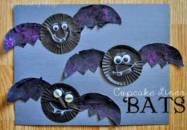 cupcake liner bats i heart crafty things