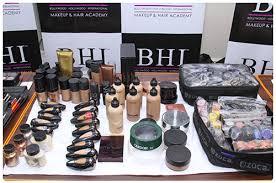 Professional Makeup Artist Certification Professional Makeup Courses In Mumbai Makeup Courses In Mumbai
