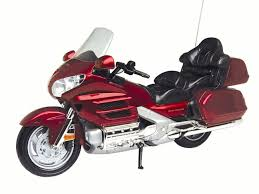 gold motorcycle amazon com honda gold wing diecast motorcycle replica 1 6 scale