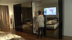 Schlafzimmerschrank Schiebet En Schiebetürenschrank Mit Integriertem Tv Bei Möbel Schaller Youtube