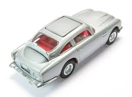 aston martin classic james bond james bond aston martin db5