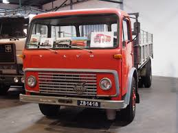 volvo 18 wheeler trucks file 1964 volvo 4851 turbo diesel truck jpg wikimedia commons