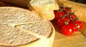 la cuisine de bernard madeleine fromagerie du pied de vent artisanal cheese makers regional