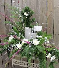 Christmas Fresh Flower Table Decorations by 50 Best Christmas Ideas Images On Pinterest Flower Arrangements