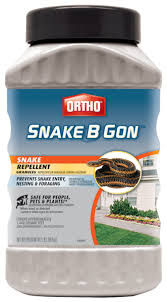 How To Find Snakes In Your Backyard Moth Balls Keeps Snakes Away Sprinkle Around Outside Of House