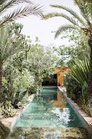 Backyard Swimming Pool Landscaping Ideas Best 25 Backyard Pool Landscaping Ideas On Pinterest Pool