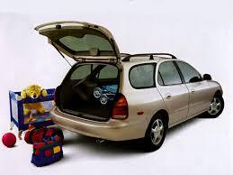hyundai elantra 1 1997 hyundai elantra overview cars com