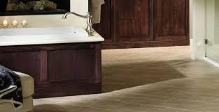 Delta Bathroom Faucets by Delta Bath Tub Faucets U0026 Spouts Efaucets Com