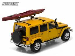 jeep kayak rack greenlight collectibles 2016 jeep wrangler unlimited with kayak 1