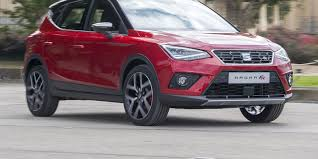 seat arona review carwow