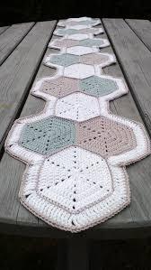 Crochet Table Runner Pattern The 25 Best Crochet Table Runner Ideas On Pinterest Crochet