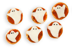 best ghost mini pizzas how to make ghost mini pizzas delish com