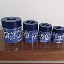 tin kitchen canisters vintage 1960s set of four 4 blue willow metal kitchen canisters
