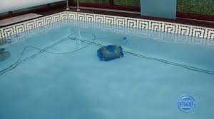 Robot Piscine Dolphin Supreme M4 by Poolroboter Schwimmbad Bodenreiniger Aquabot Xtreme Youtube