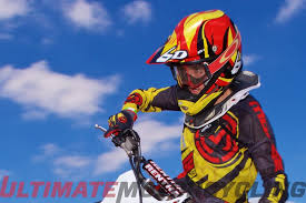 motocross helmet review 6d atr 1 helmet review six degrees of freedom