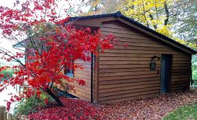 lodge with the beautiful colours of autumn short stay homes