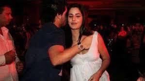 5 Deepika Padukone Controversies That Stunned Bollywood - 9 controversial photos that shocked bollywood bollywood blaster