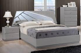 Barcelona Bedroom Furniture Bedroom Set In Grey By Global