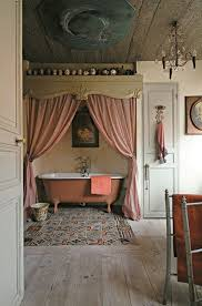 Antique Bathrooms Designs Vintage Inspired Bathroom Decor Around The World