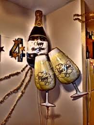 New Years Eve Decorations Pinterest by Masquerade New Years Eve Idea Balloon Decorations Pinterest