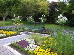 Home Garden Decoration Ideas How To Achieve And Exciting Garden Decorating Ideas Without