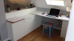 bureau sous pente aménagement bureau sous combles l du rangement