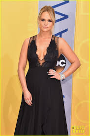 miranda lambert engagement ring miranda lambert u0026 boyfriend anderson east couple up at cma awards