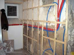 humidité cuisine isolation mur interieur humide travaux cuisine lzzy co