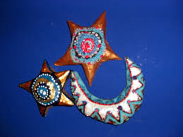 How To Make Barn Stars Paper Mache Moons And Stars How To Make A Papier Mache Model