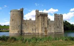 historical castles why did castles have moats wonderopolis