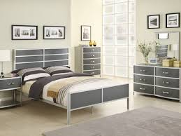Cheapest Bedroom Furniture by Bedroom Sets Nice Solid Wood Bedroom Furniture On Cheap Solid