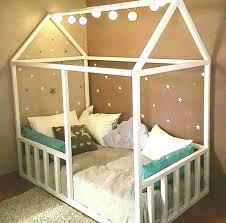 cabane fille chambre lit enfant cabane pas cher lit cabane pour fille diy un lit cabane