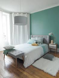 rideaux pour chambre adulte déco chambre adulte 12 idées pour plus de lumière oeillet