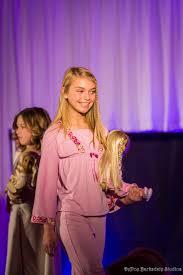 preteen girl modeling nam girl walks the runway in americangirl fashion show