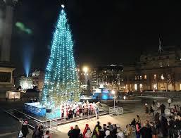 hotels near trafalgar square christmas tree and carols at