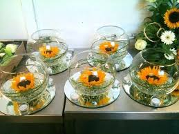 table centerpieces with sunflowers sunflower table decorations sunflower centre piece party
