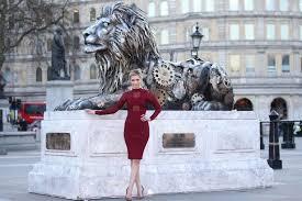 statue lions countdown to big cat extinction prompts clockwork lion statue in