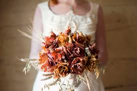 wedding oats an unsusual autumn wedding bouquet of dried leaves golden wheat